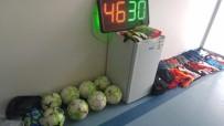 AMATÖR LİG - Futbol Kulübünü Soyan Çocuklar Maç Yaparken Yakalandı