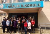 Hemşirelik Bölümü Öğrencilerinden El Hijyeni Eğitimi