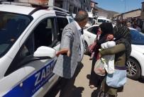 Karlıova'da Yakalanan Dilenciler İlçeden Gönderildi