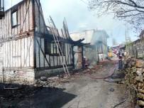AHŞAP EV - Kızılcahamam'da Köyde Çıkan Yangın İtfaiyeyi Alarma Geçirdi