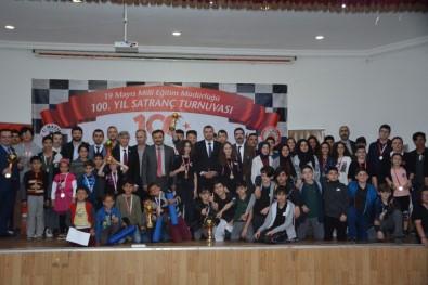 Satranç Turnuvası Ödülleri Sahiplerini Buldu