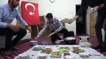 SİİRT VALİSİ - Siirt Valisi Atik'ten Öğrenci Evine Sürpriz Ziyaret