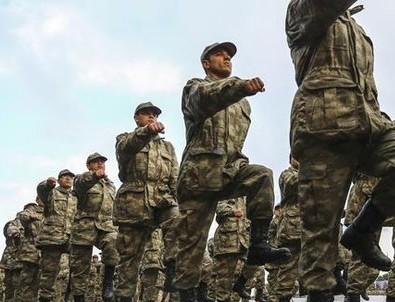 Yeni askerlik sistemi yasalaşıyor