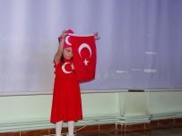 6 Yaşındaki Çocuk İstiklal Marşını Ezbere Okudu