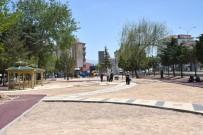 BÖLCEK - Aksaray Belediyesi Parklarda Peyzaj Ve Yenileme Çalışmalarına Hız Verdi