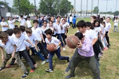 Bursa'da Spor Şenlikleri Geleneksel Oyunlarla Renklendi