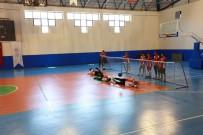 İŞİTME ENGELLİLER - Goalball Maçı İle Engellere Meydan Okudular