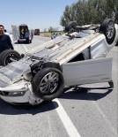 Konya'da Tıra Çarpan Otomobil Takla Attı Açıklaması 3 Yaralı