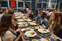 Rektör İftar Yemeğinde Öğrencilerle Bir Araya Geldi