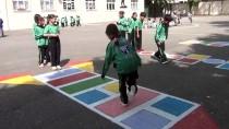 Tarihi İlçede Geleneksel Sokak Oyunları Yaşatılıyor