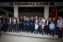 ALINUR AKTAŞ - Terminale Modern Cami