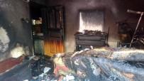 BELEDİYE İŞÇİSİ - Tuzla'da Çocukların Evde Çakmakla Oyunu Yangınla Sonlandı