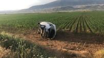 Yolcu Minibüsü Yan Yattı Açıklaması 6 Yaralı