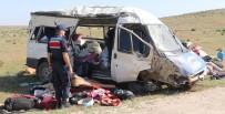 Aksaray'da Tarım İşçilerini Taşıyan Minibüs Devrildi Açıklaması 13 Yaralı