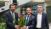 Belediye Başkanına Gelen Tebrik Çiçekleri, İhtiyaç Sahiplerine Yardıma Dönüştü