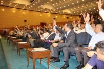 Borçlanma Yetkisi Yeniden Komisyona Gönderildi