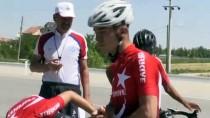 'Genç Bisikletçiler Geçim Kaygısıyla Sporu Bırakıyor'