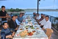 Kahta'da Gazeteciler Ve Yazarlar İftarda Buluştu