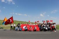 BAŞAKPıNAR - Liseli Öğrencilerden Ve Öğretmenlerden '100. Yılında 1000 Adım' Gençlik Yürüyüşü