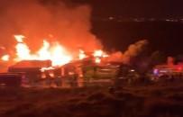 GÜVENLİK ÖNLEMİ - Palet Fabrikasındaki Yangın Söndürüldü