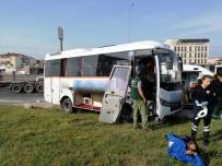Servis Midibüsü Bariyerleri Parçalayarak Karşı Şeride Geçti Açıklaması 1 Yaralı