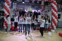 FUTBOL TAKIMI - Süper Lige Yükselen Basketbol Takımına Coşkulu  Kutlama