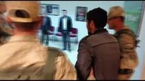 ENGELLİ GENÇ - Van'da Kaybolan Engelli Genci Jandarma Buldu