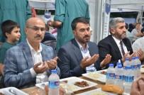 ASKON'un Her Gün Bin Kişiye İftar Yemeği Verdiği Çadırı Vali Demirtaş Ziyaret Etti