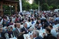 İFTAR ÇADIRI - Büyükşehir, Günde 12 Bin Kişiyi Gönül Sofrasında Buluşturuyor