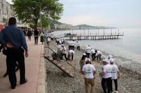 'Çınarcık Temizlik Gönüllüleri' Sahili Temizlediler