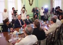 MEVLÜT ÇAVUŞOĞLU - Dışişleri Bakanı Çavuşoğlu Kübalı Mevkidaşı İle Görüştü