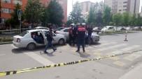 EMNIYET MÜDÜRLÜĞÜ - Esenyurt'ta, Jandarma Ve Zehir Tacirleri Arasında Çatışma