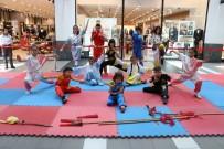 Genç Sporcular Forum Magnesia'da Hünerlerini Sergiledi