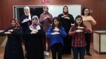 İşaret Dili İle İstiklal Marşı Okudular