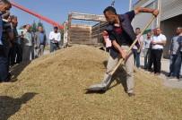 Kızıltepe'de İlk Arpa Hasadı Başladı