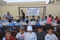 Suriye'de Bin Kişiye İftar Yemeği