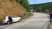 Tır İle Otomobil Çarpıştı Açıklaması 1 Ölü, 1 Yaralı