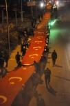 Bitlis'te 300 Metre Türk Bayrağı İle 'Gençlik Yürüyüşü' Yapıldı