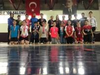 KUPA TÖRENİ - Final Maçına Ağabey Kardeş Damga Vurdu