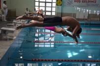 YÜZME - Malatya'da Yüzme Grup Müsabakaları
