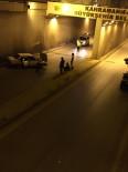 Otomobil Alt Geçit Duvarına Çarptı Açıklaması 3 Yaralı