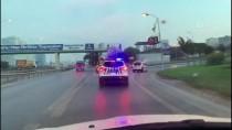 ALıŞVERIŞ - Şişli'de 'Dur' İhtarına Uymayan Şüpheli, Kovalamacayla Yakalandı