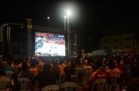 EUROLEAGUE - Taksim'de Dev Ekranda Anadolu Efes Heyecanı