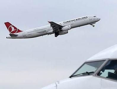 THY uçağı kalp krizi geçiren yolcu nedeniyle Tahran'a zorunlu iniş yaptı