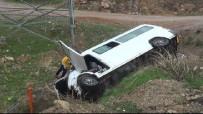 Bayburt'ta Trafik Kazası Açıklaması 12 Yaralı