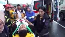 Yolcu Otobüsü Tırla Çarpıştı Açıklaması 7 Yaralı