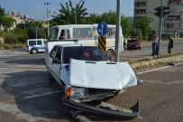 Araçların Hurdaya Döndüğü Kazadan Sürücülerin Burnu Bile Kanamadı