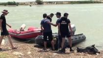 Berdan Nehri'nde Kaybolan İki Kişi Aranıyor
