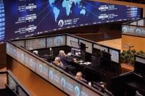 ÇİN - Borsa, Haftaya Yükselişle Başladı
