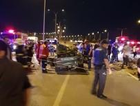 İki Otomobil Kafa Kafaya Çarpıştı Açıklaması 7 Yaralı